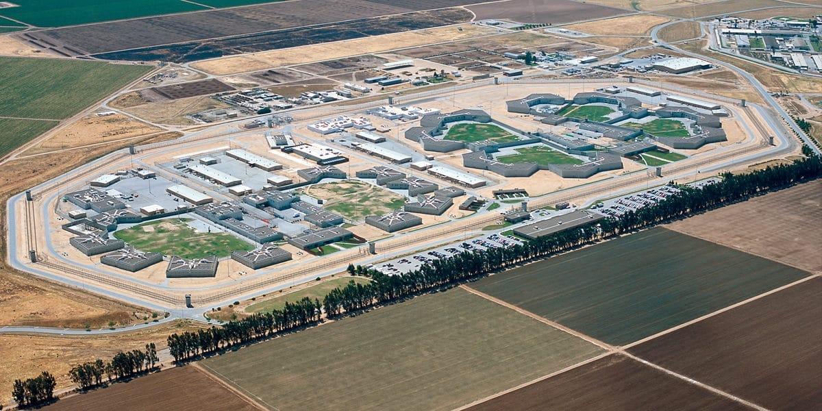 """""""Prison Valley"""", road-movie dans une colonie pénitentiaire"""